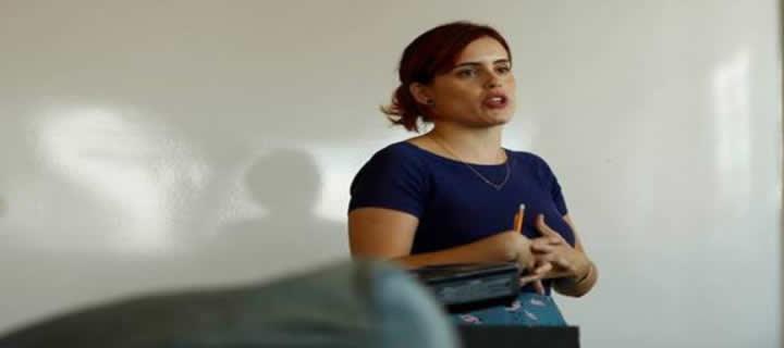 """Read more about the article Cobertura SeIS.15 – Palestra """"Gestão de negócios criativos"""", com Anna Kuhl"""